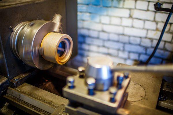 обработка металла на токарном станке